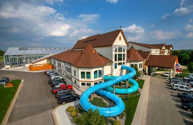 Zehnder's Splash Village Hotel & Waterpark